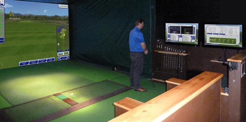Golfsimulator & Golf Academy Gold LCD